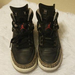 Nike Air Jordan Spizike Size 4Y